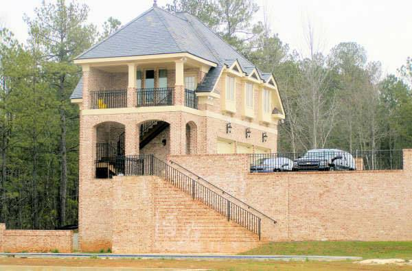 Colonial House Plan With 5 Bedrooms And 5 5 Baths Plan 6034