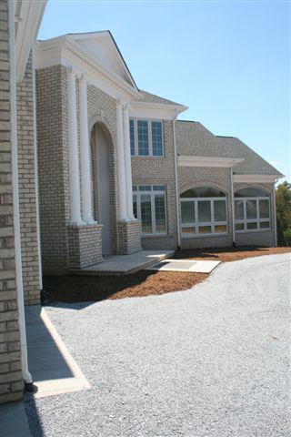 Front Exterior Photo