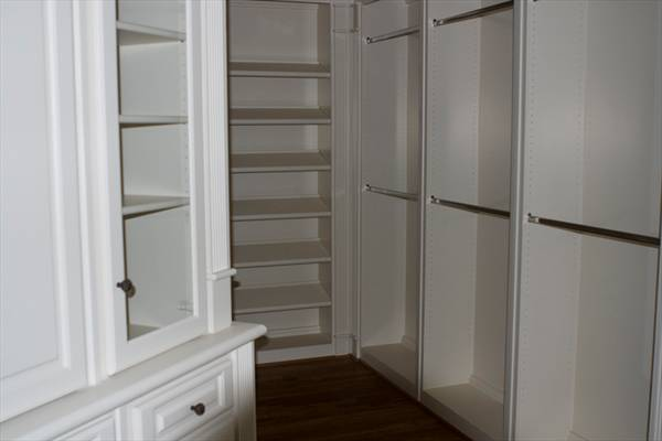 Walk-in Closet by DFD House Plans