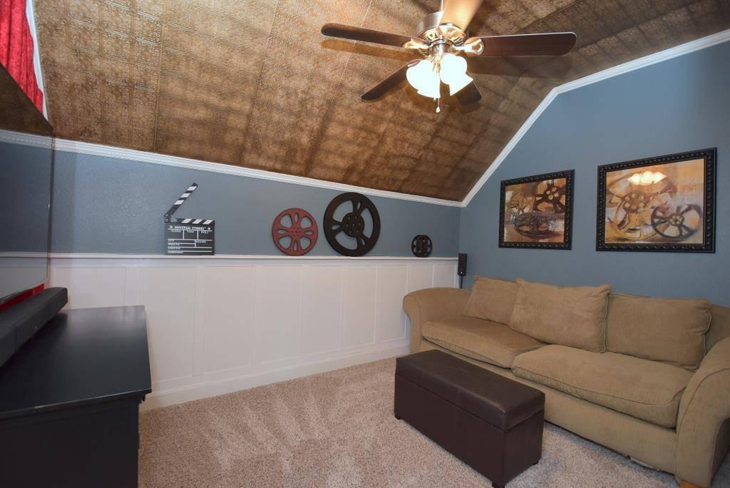 Living Room image of Tres Le Fleur House Plan