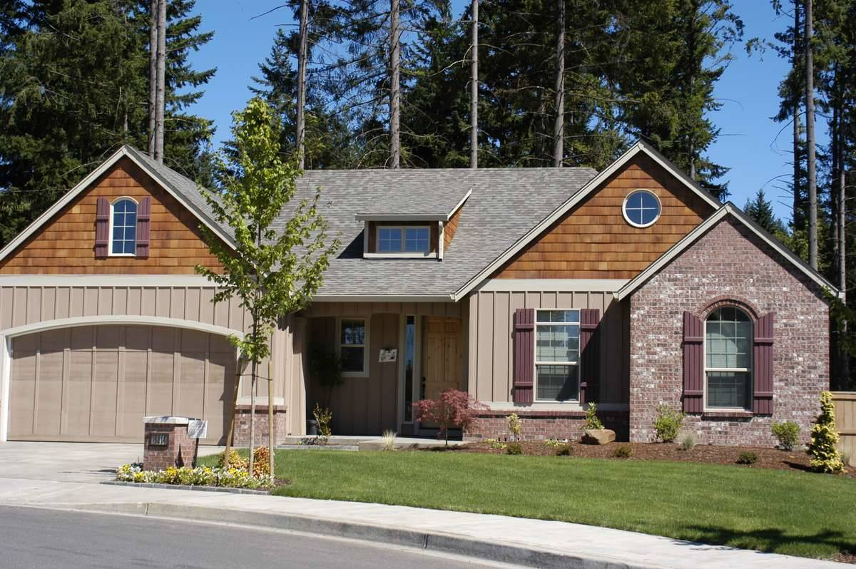 Craftsman House Plan with 2 Bedrooms and 2.5 Baths - Plan 4582