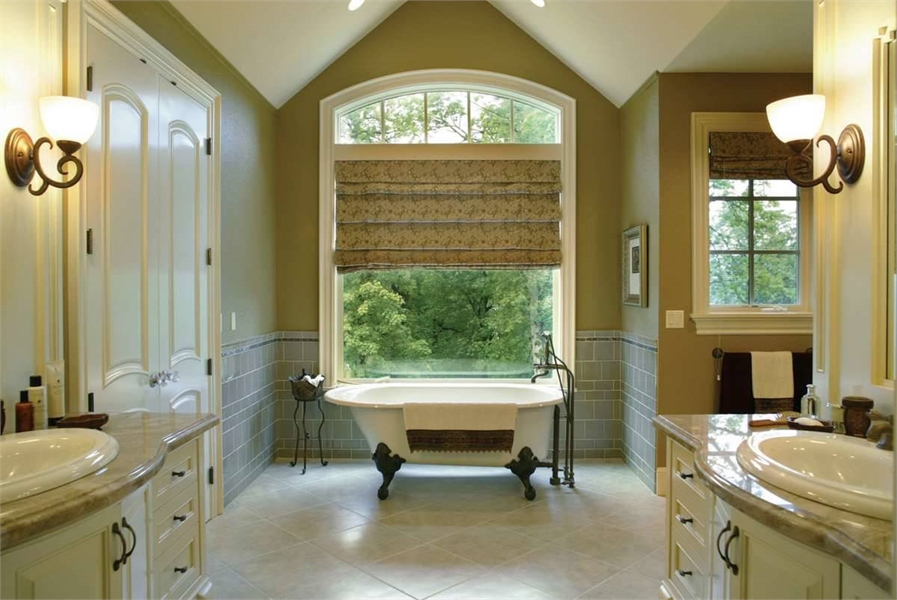 Master Bathroom image of Nelson House Plan