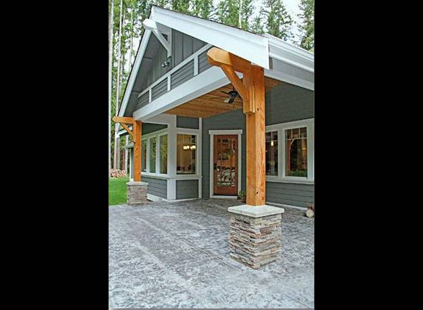 Rear Patio by DFD House Plans