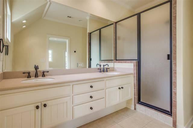 Bathroom 2 by DFD House Plans