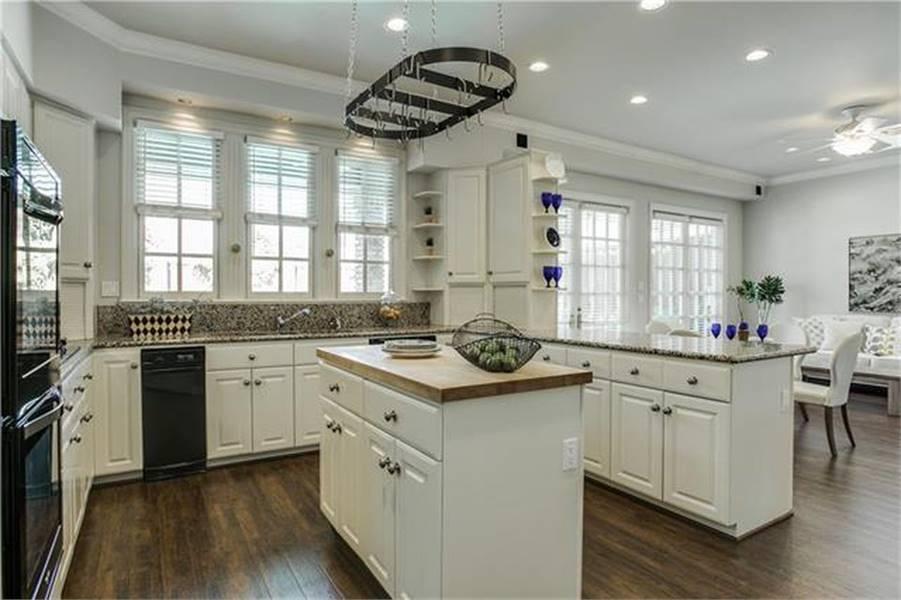 Kitchen image of Campbella House Plan
