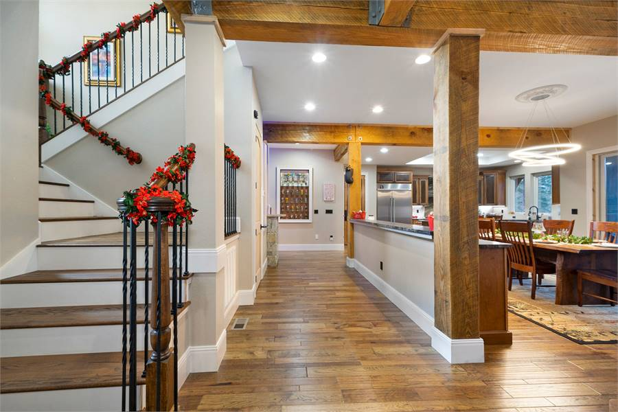Staircase / Foyer