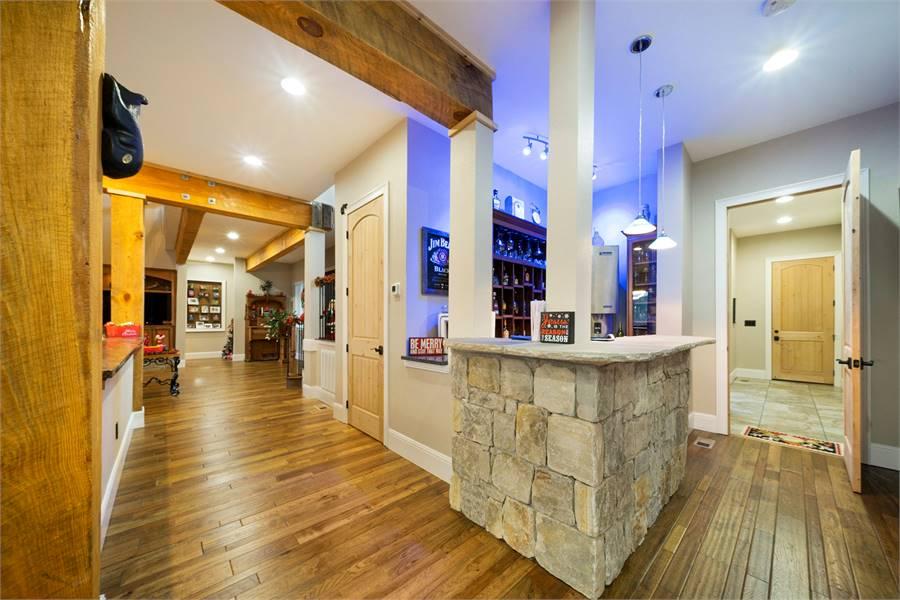 Home Bar / Hallway