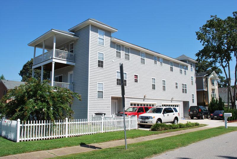 House cypress duplex house plan green builder house plans for Duplex building cost estimator
