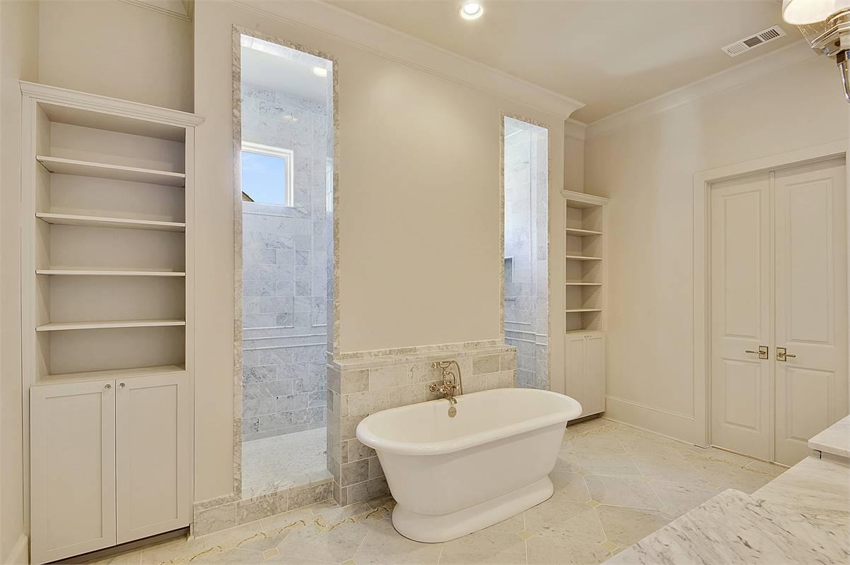 Master Bath image of Annabel Drive House Plan