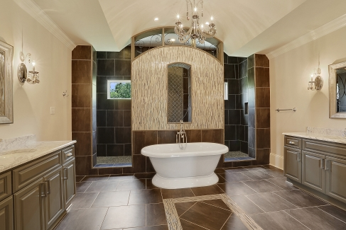 Bathroom image of Le Pierre House Plan