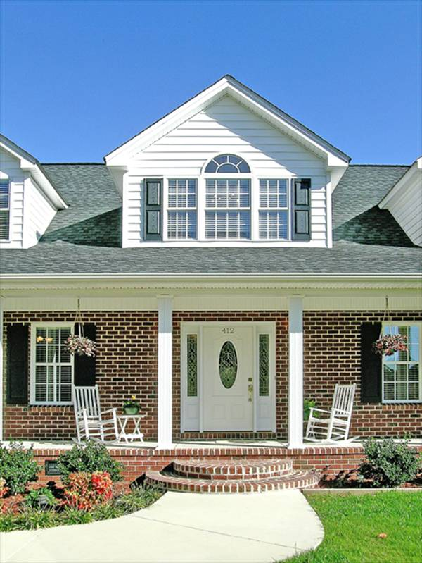 Front Porch by DFD House Plans