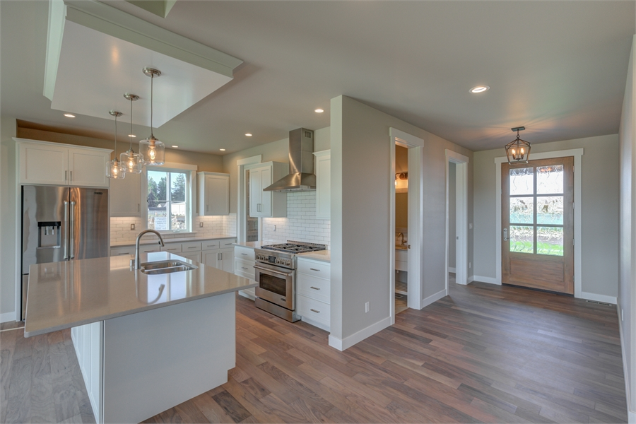 Kitchen image of Cont. Farmhouse 819 House Plan