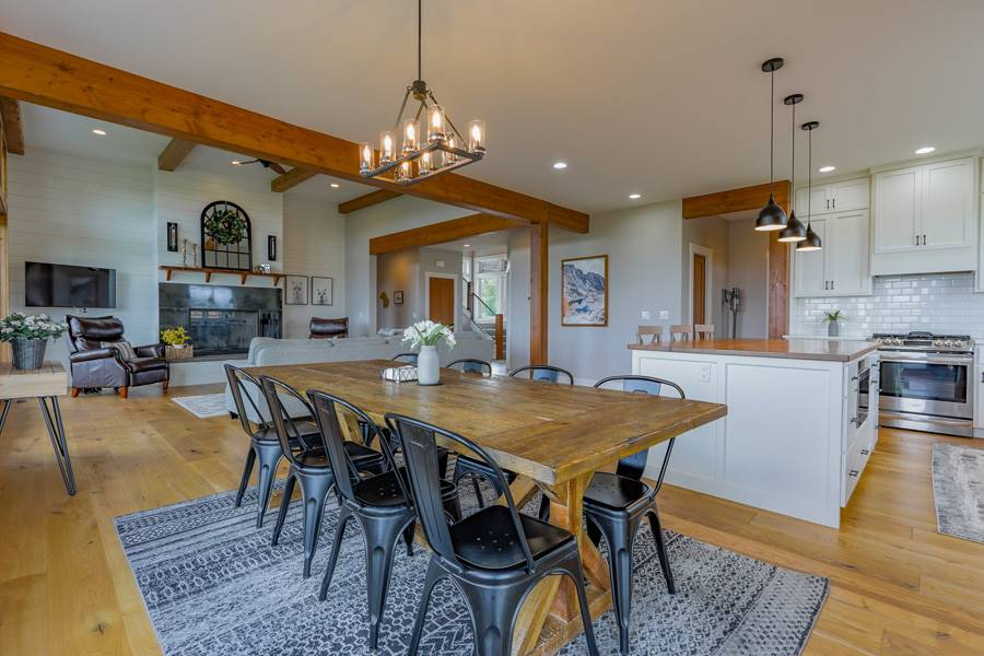 Dining Room image of Cont. Farmhouse 845 House Plan