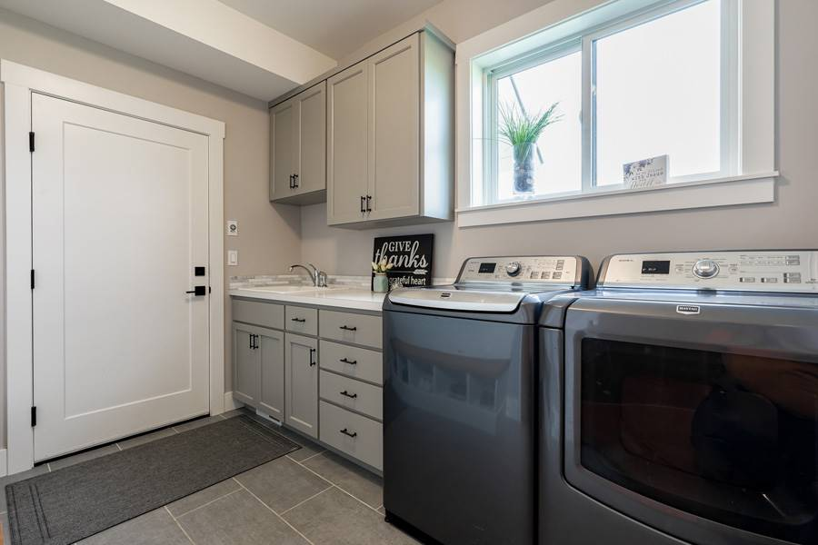Laundry Room image of Cont. Farmhouse 845 House Plan