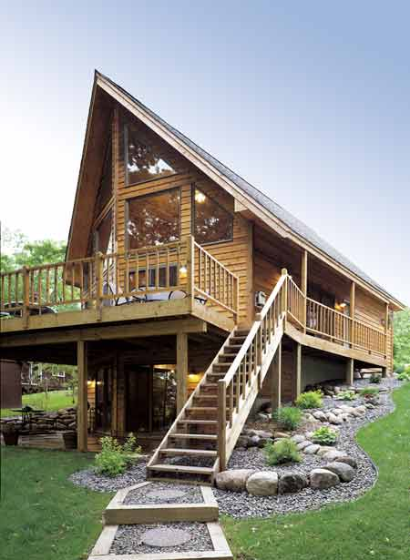 Contemporary house plan with 3 bedrooms and 2 5 baths for Modern chalet house plans