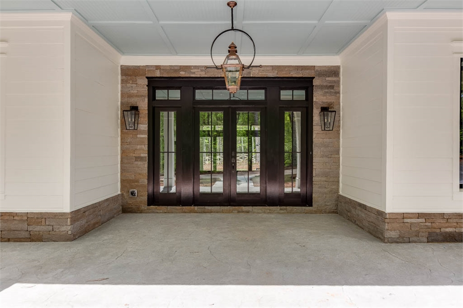 Entry image of Tiverton House Plan