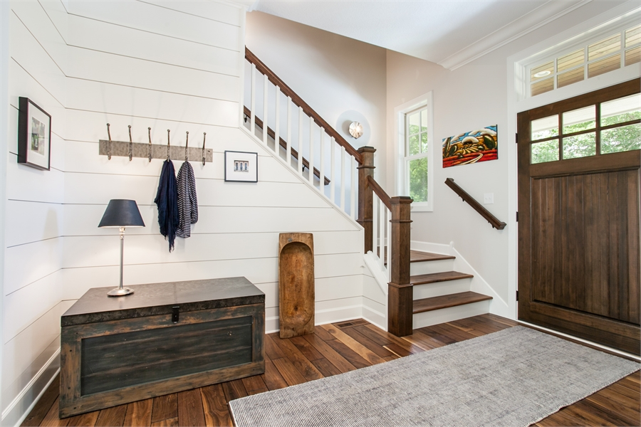 Entry by DFD House Plans